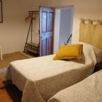 Gite ste Baume, chambre à deux lits simples à l'étage